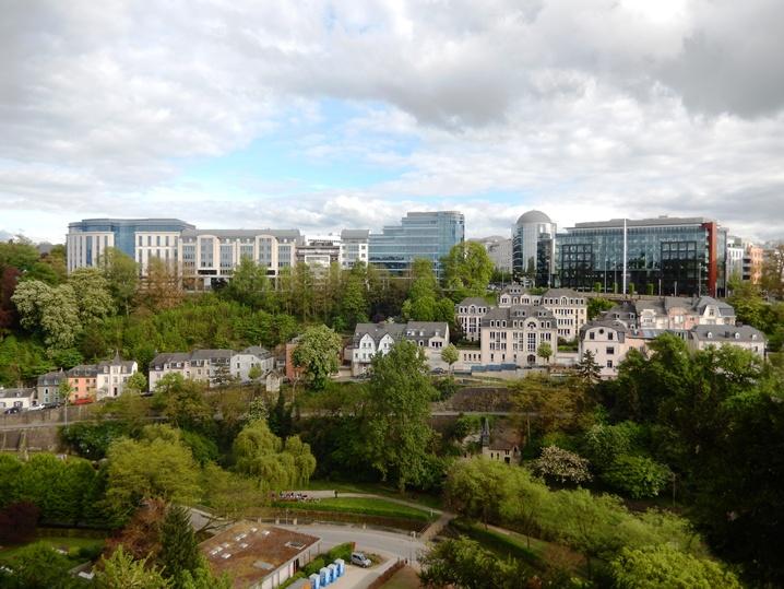 luxembourg 33 urlop na etacie