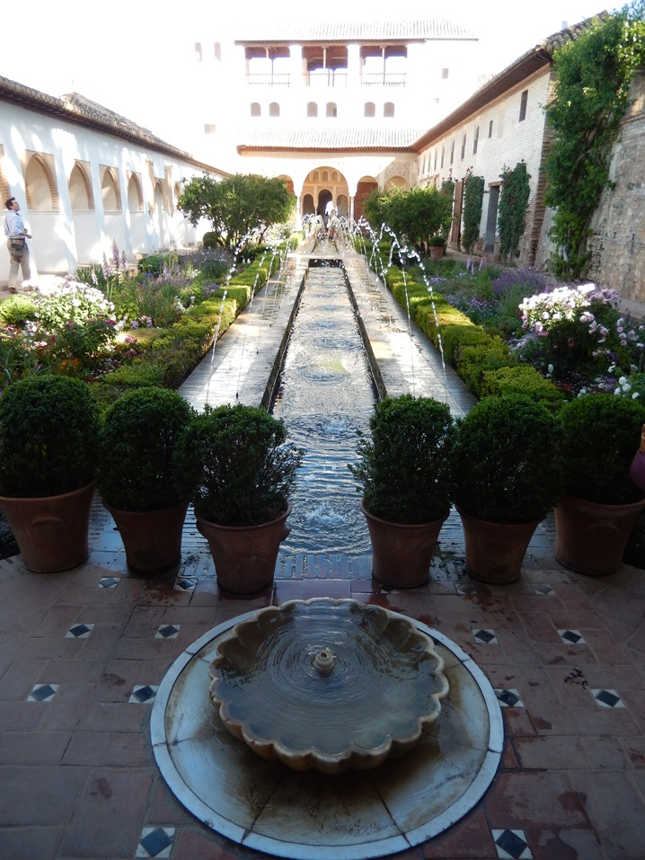 alhambra 11 urlop na etacie