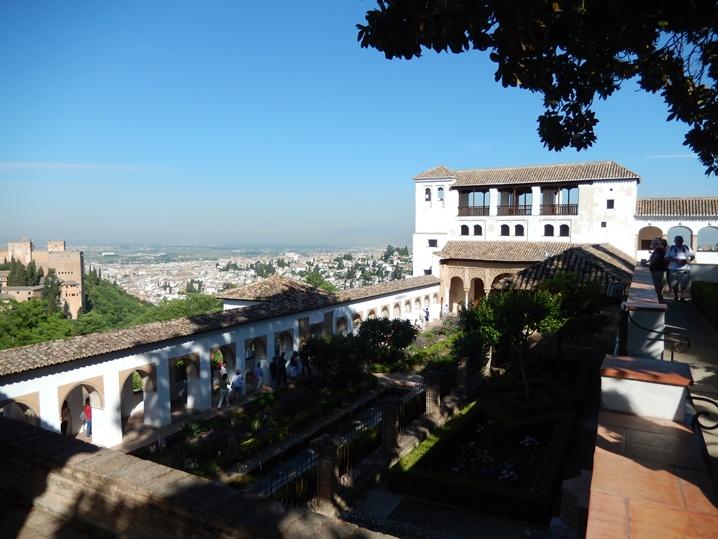 alhambra 14 urlop na etacie