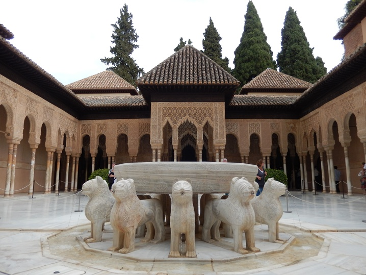 alhambra 18 urlop na etacie
