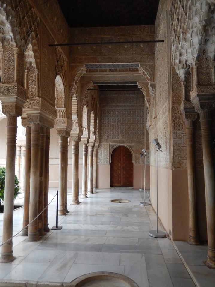 alhambra 20 urlop na etacie