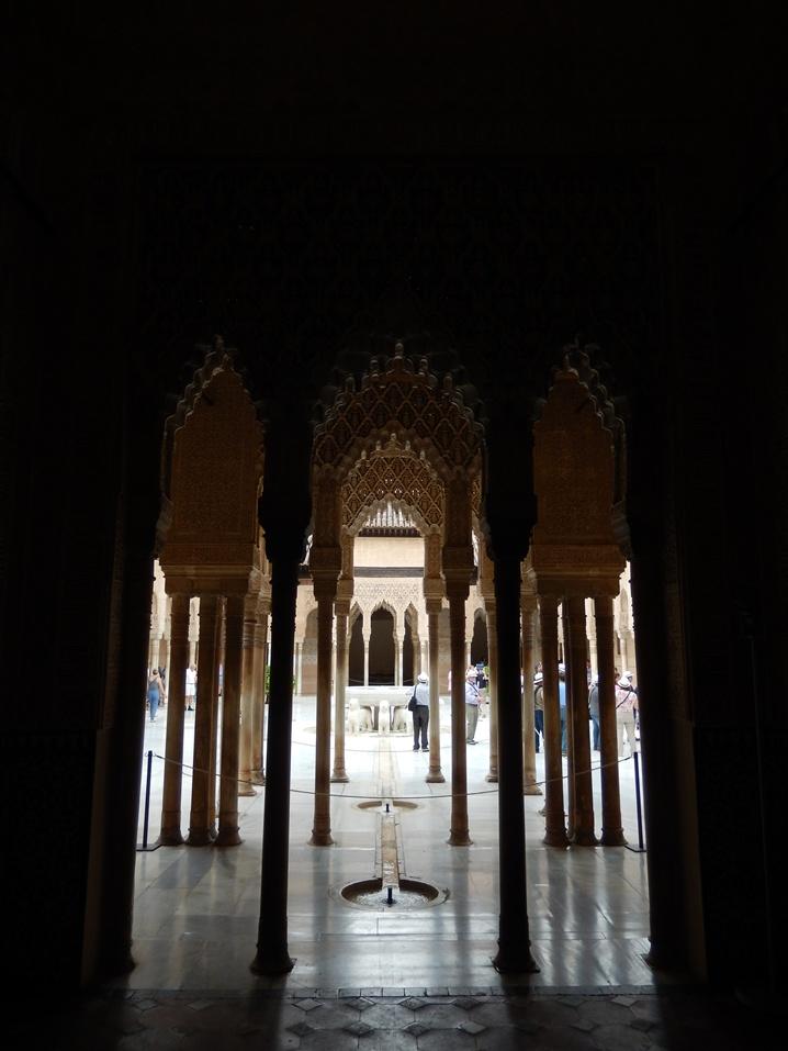 alhambra 21 urlop na etacie