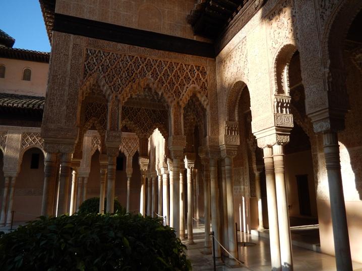 alhambra 4 urlop na etacie