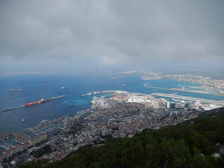 gibraltar 3 urlop na etacie