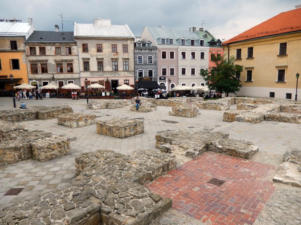 pl. Po Farze, Lublin