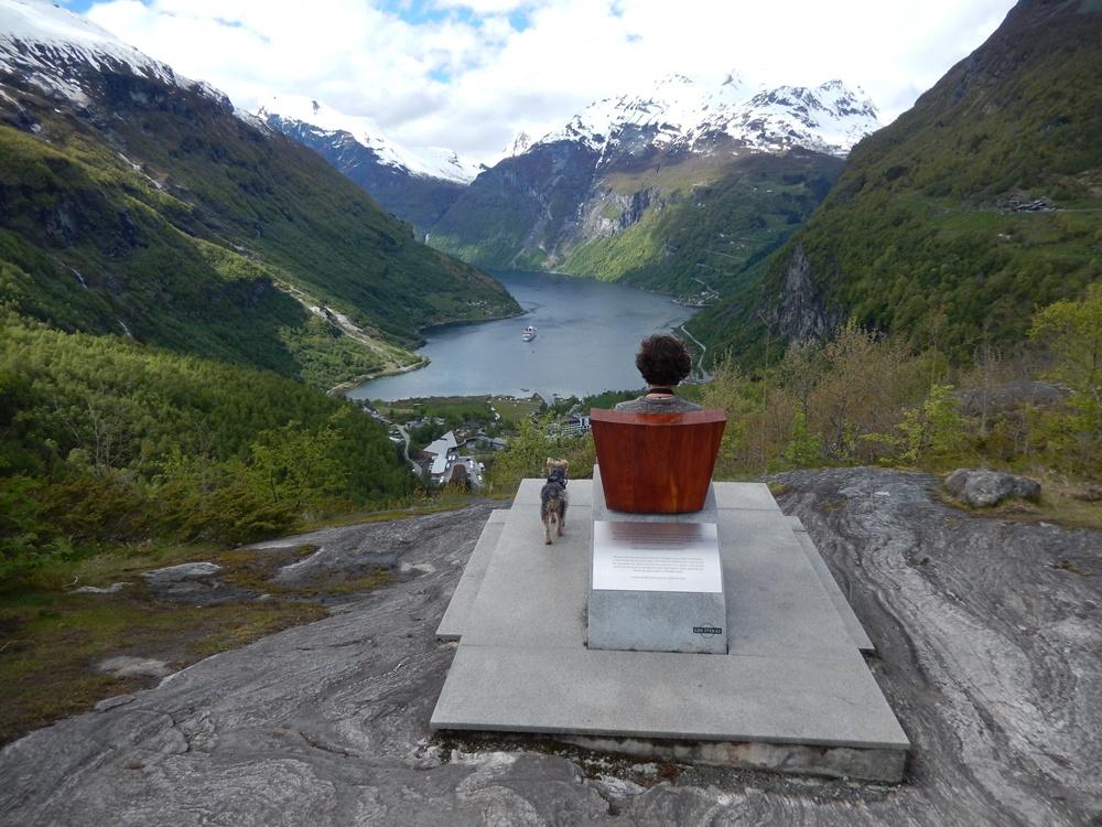 Quenns chair geirangerfjord