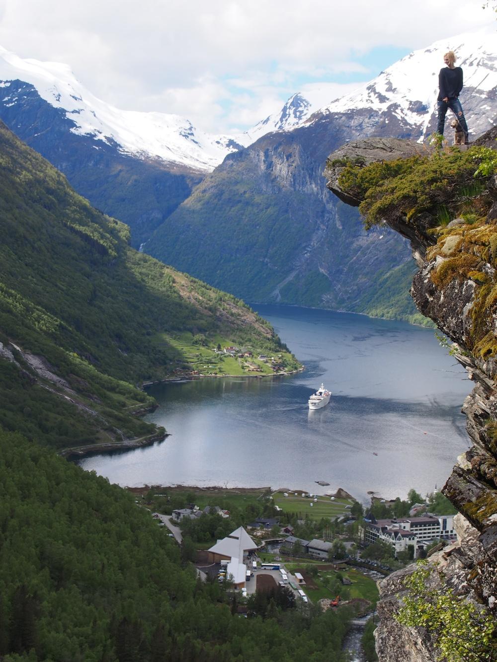flydasjuvet geirngerfjord