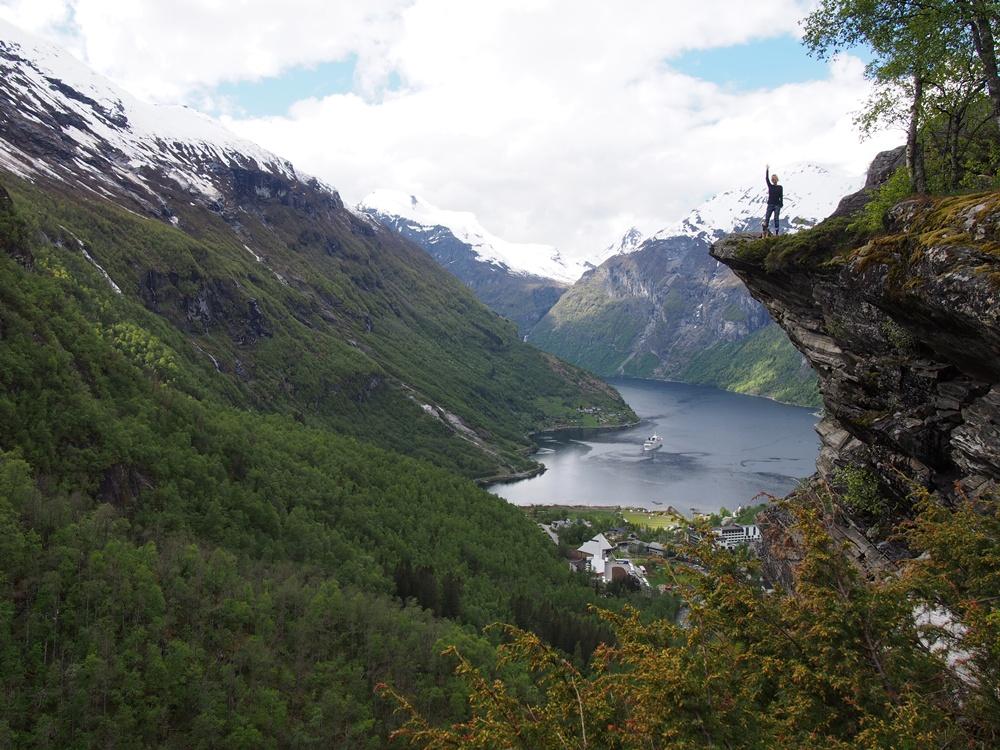 flydasjuvet geirangerfjord